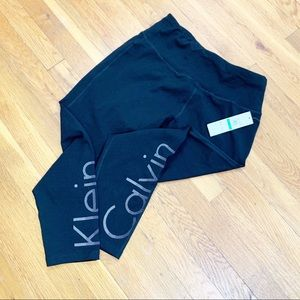 NWT Calvin Klein Performance Leggings
